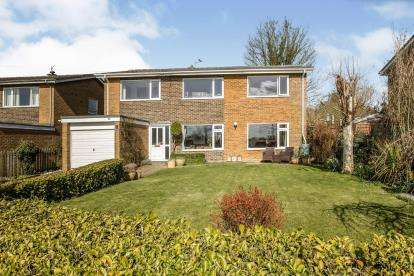 6 Bedrooms Detached House for sale in Wymondham, Norwich, Norfolk