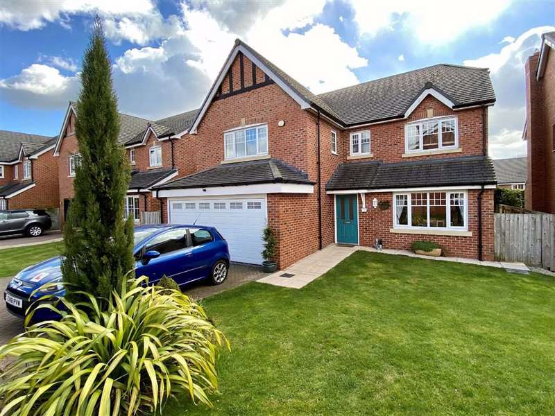 5 Bedrooms Detached House for sale in Chandlers Way, Stone