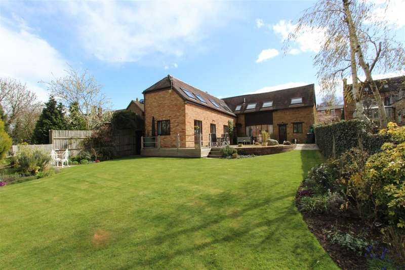 5 Bedrooms Barn Conversion Character Property for sale in Southam Road, Napton, Southam