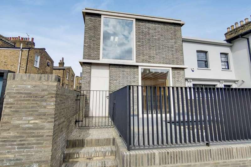 2 Bedrooms Flat for sale in Ritson Road, London Fields, E8