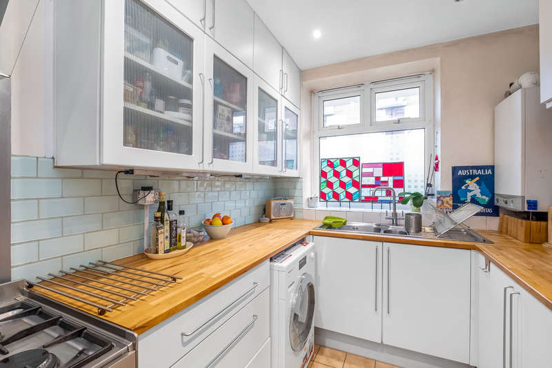 2 Bedrooms Ground Flat for sale in Larch House, Rotherhithe, SE16