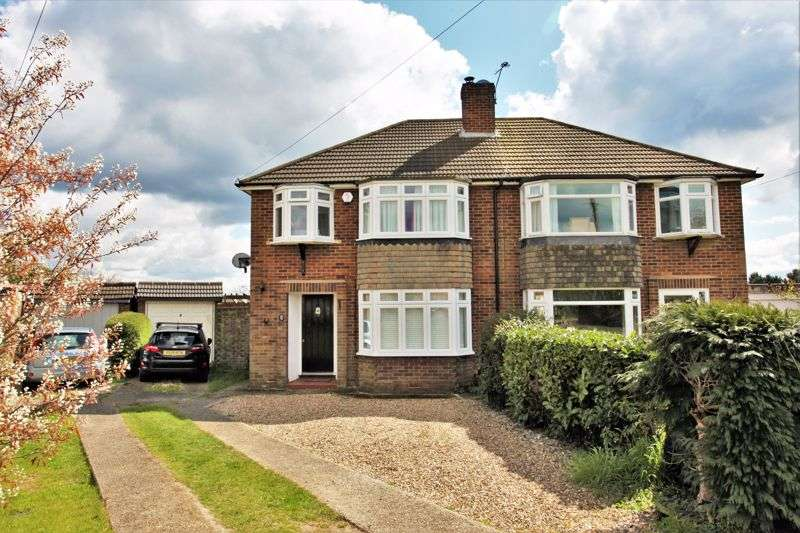 3 Bedrooms Property for sale in Palliser Road, Chalfont St. Giles