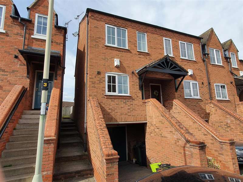 2 Bedrooms Town House for sale in The Roods, Rothley