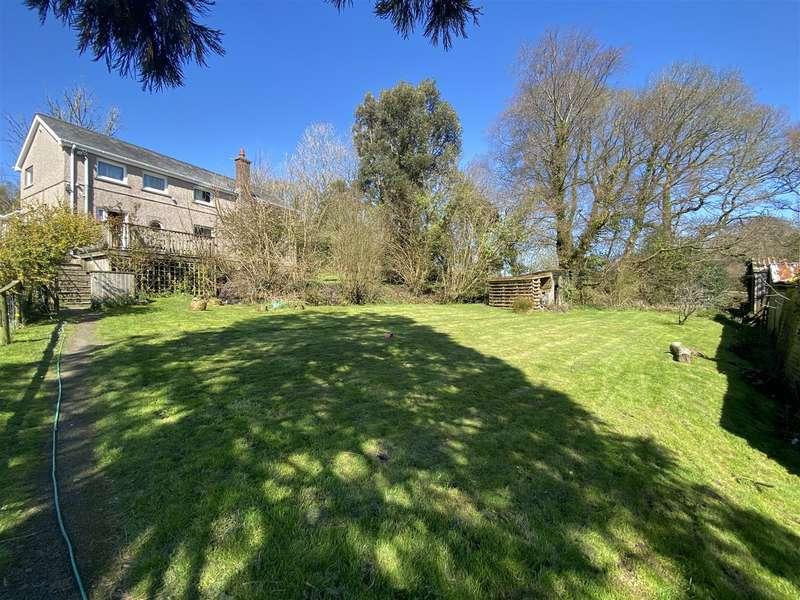 House for sale in Glynhir Road, Llandybie, Ammanford