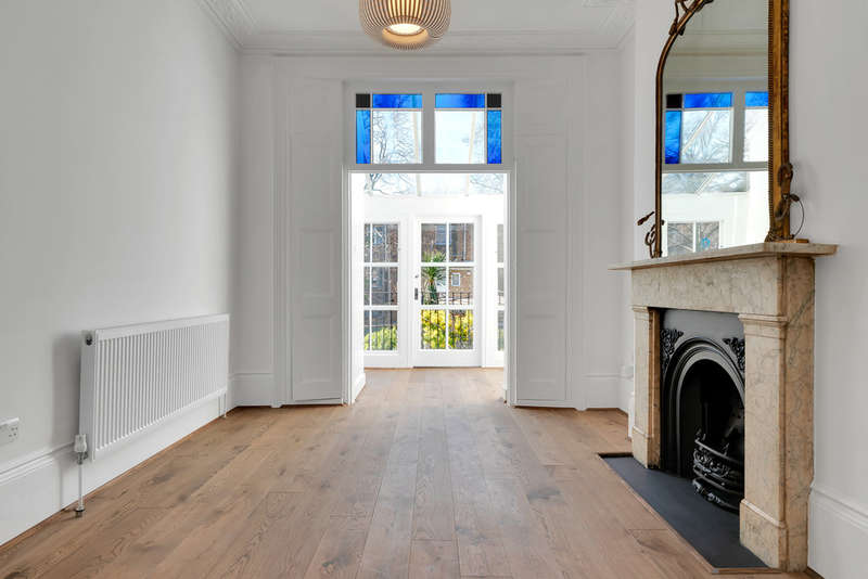 4 Bedrooms Terraced House for rent in Thornhill Square, Islington