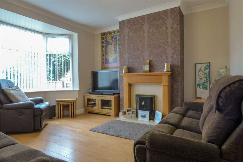 3 Bedrooms Semi Detached House for sale in Bromley Crescent, Ashton-under-Lyne, Greater Manchester, OL6