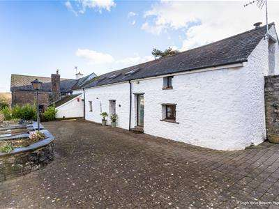 4 Bedrooms Barn Conversion Character Property for sale in Fern Cottage, Llwyn Nwdog Farm, Nr. Ystradowen