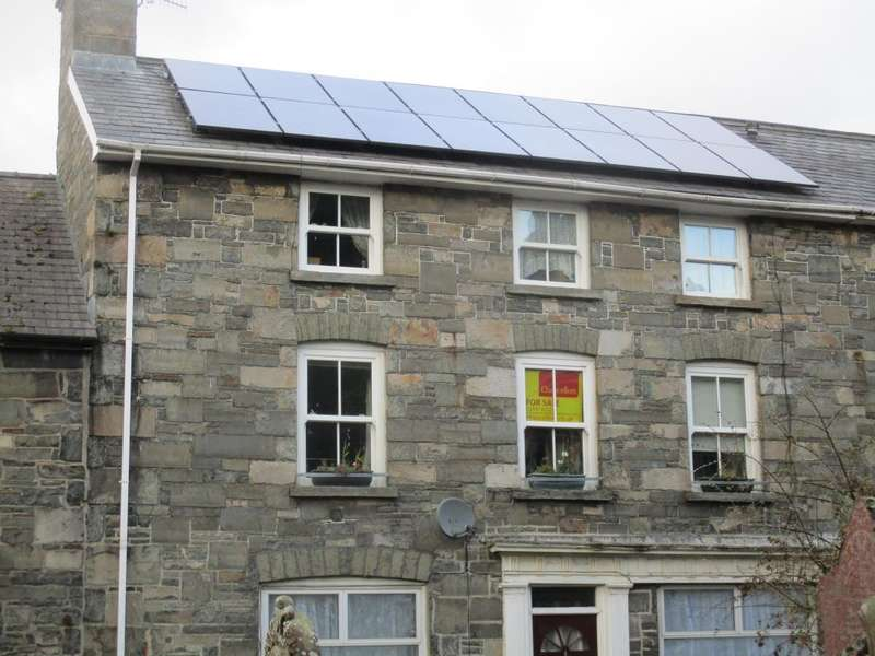 3 Bedrooms Maisonette Flat for sale in Rhayader, LD6, LD6