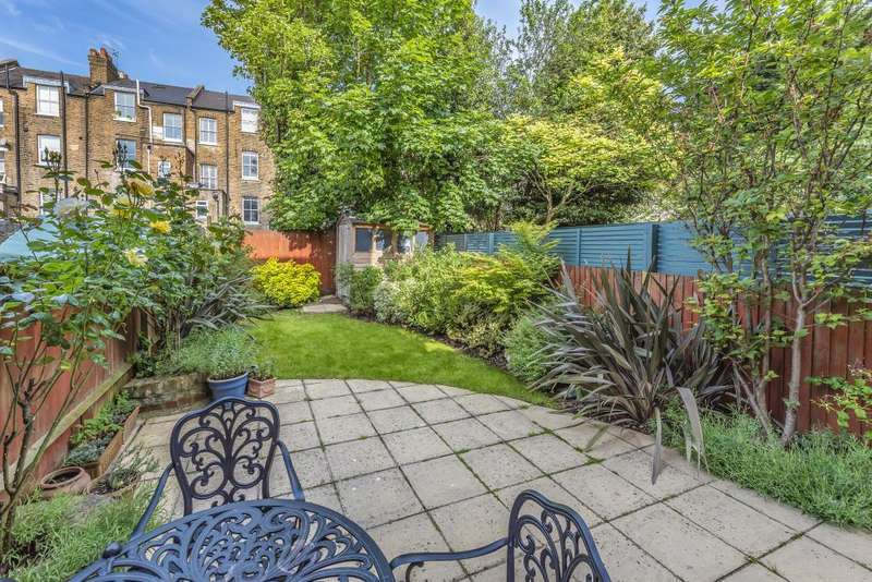 3 Bedrooms Flat for sale in Kylemore Road, West Hampstead, NW6