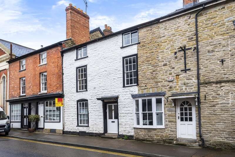 3 Bedrooms Terraced House for sale in Kington, Herefordshire, HR5