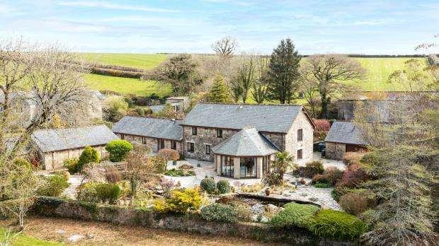 4 Bedrooms Detached House for sale in St Neot, Liskeard, Cornwall