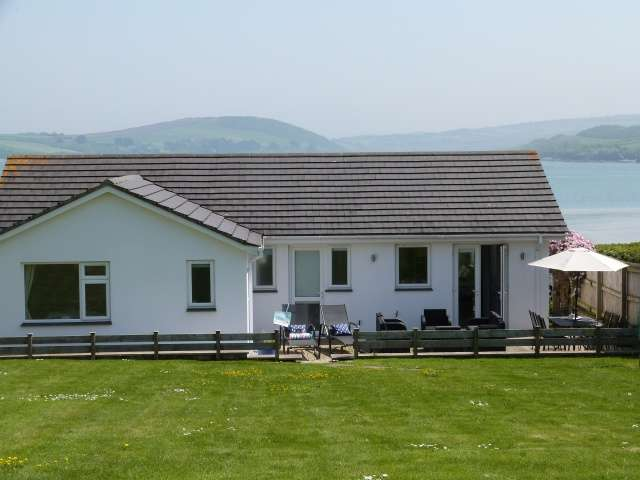 4 Bedrooms Bungalow for sale in Padstow