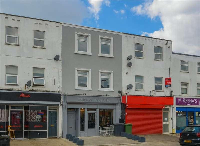 2 Bedrooms Apartment Flat for rent in Waldegrave Road, Teddington, TW11