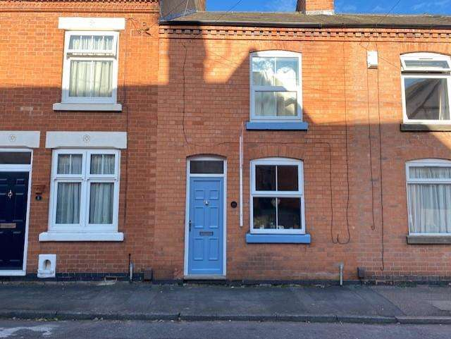 2 Bedrooms Terraced House for sale in Anthony Street, Rothley, Leicester