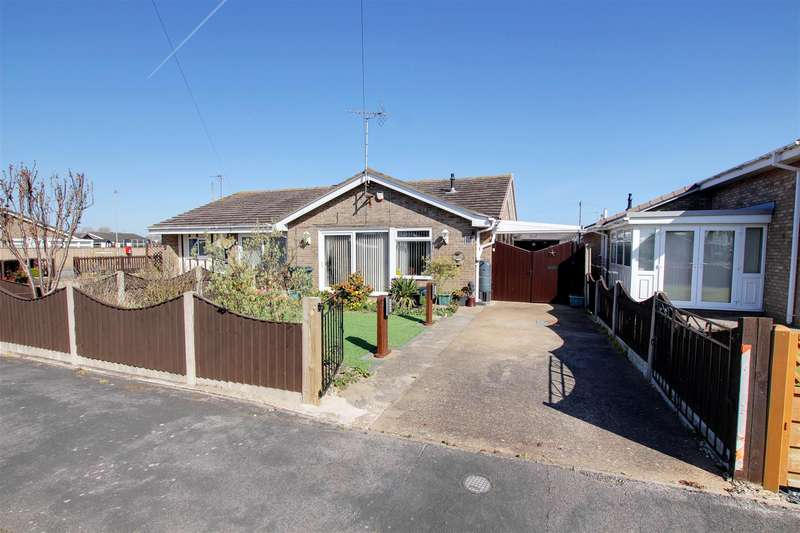 2 Bedrooms Semi Detached Bungalow for sale in Marian Avenue, Mablethorpe