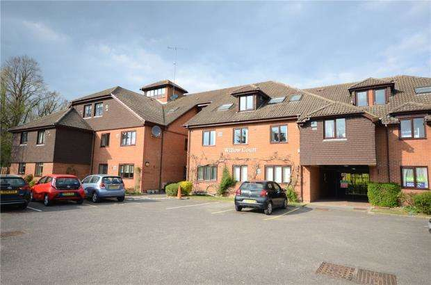 1 Bedroom Retirement Property for sale in Reading Road, Wokingham, Bekrshire