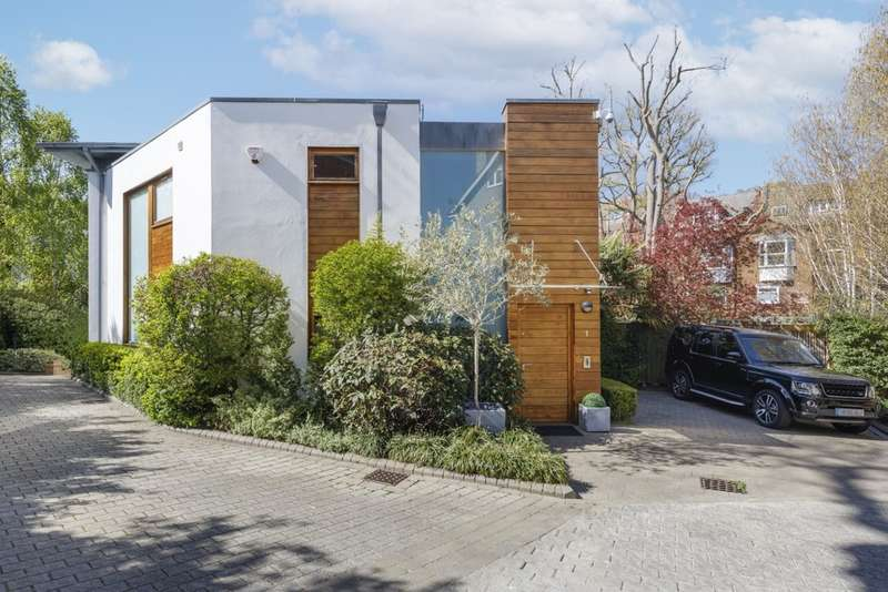 5 Bedrooms Detached House for sale in Ash Grove, London N10