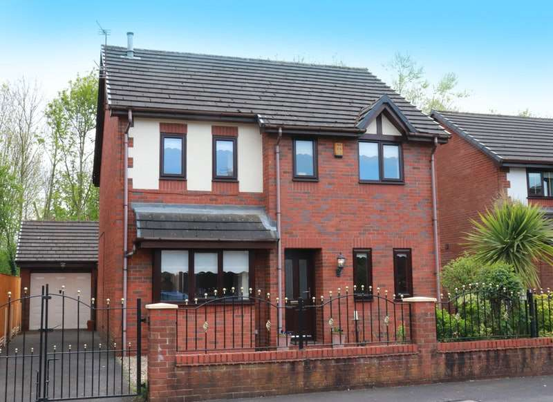 4 Bedrooms Detached House for sale in Oulton Lane, Liverpool, Merseyside, L36