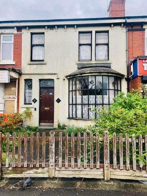Property for sale in Layton Road, Blackpool, FY3