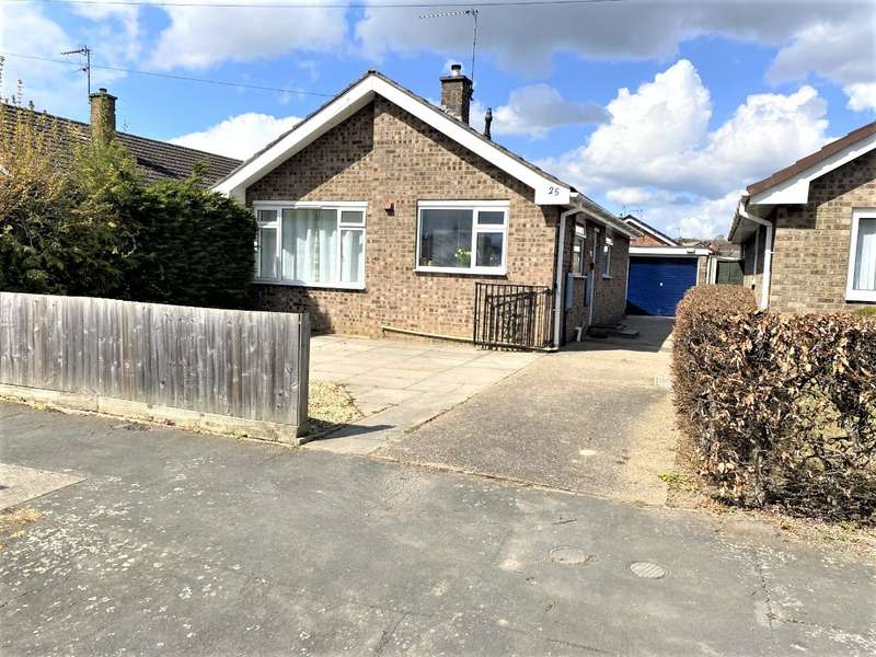 2 Bedrooms Detached Bungalow for sale in Northcliffe Road, Grantham, NG31