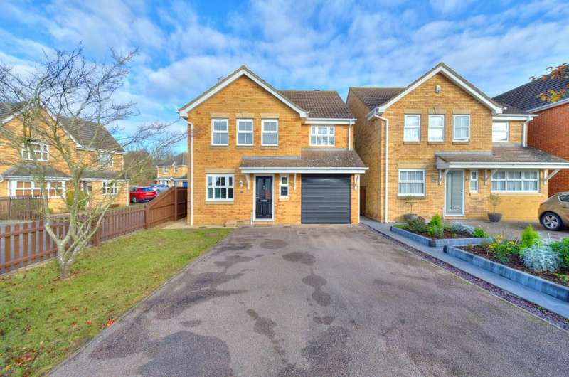 4 Bedrooms Detached House for sale in Lincroft, Cranfield, Bedfordshire MK43
