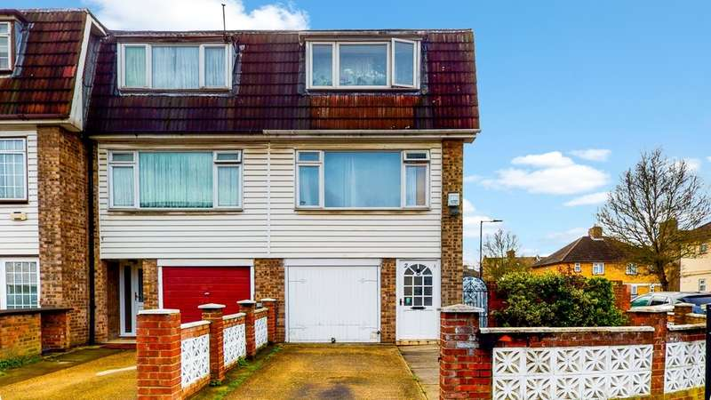 3 Bedrooms End Of Terrace House for sale in Young Road, Canning Town, E16