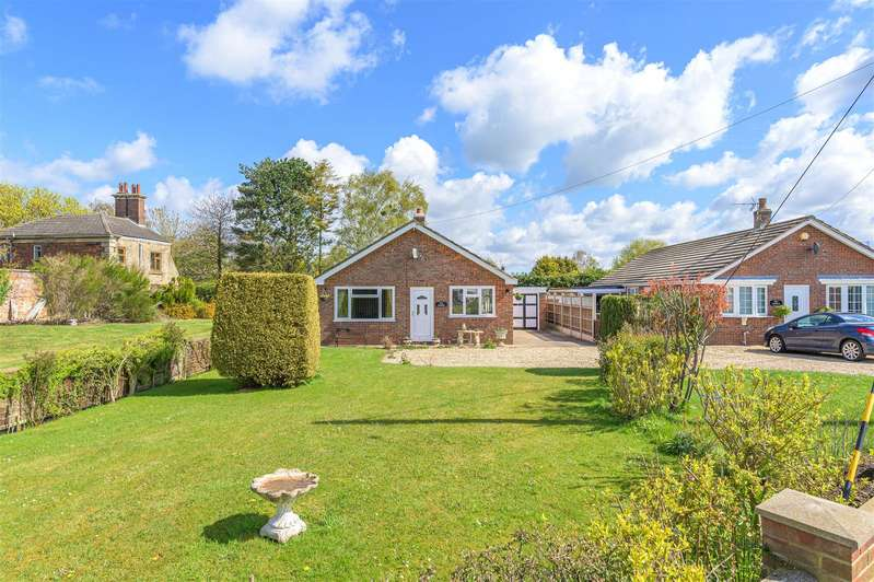 3 Bedrooms Bungalow for sale in Station Road, Firsby, Spilsby