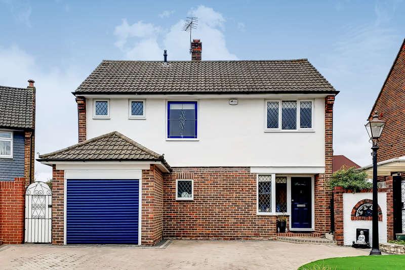 3 Bedrooms Detached House for sale in Rennets Close, Eltham, SE9