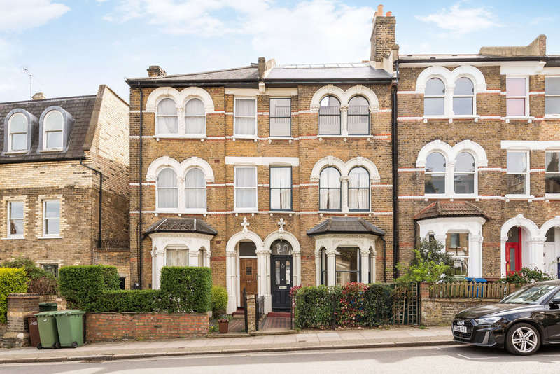 5 Bedrooms Terraced House for sale in Grove Hill Road, London