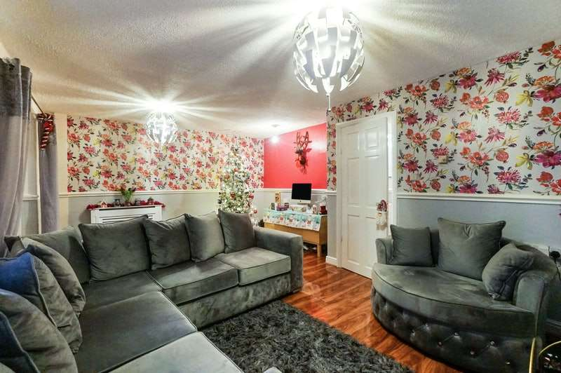 3 Bedrooms Terraced House for sale in Plymouth Grove, Manchester, Greater Manchester, M13
