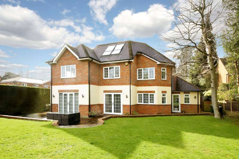 5 Bedrooms Detached House for sale in Freemans Close, Stoke Poges, Buckinghamshire