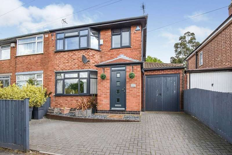 4 Bedrooms Semi Detached House for sale in Kingsway North, Leicester, LE3