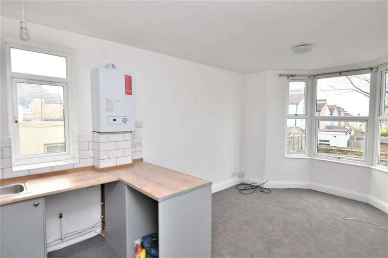 Apartment Flat for sale in York Road, Southend-on-Sea, SS1