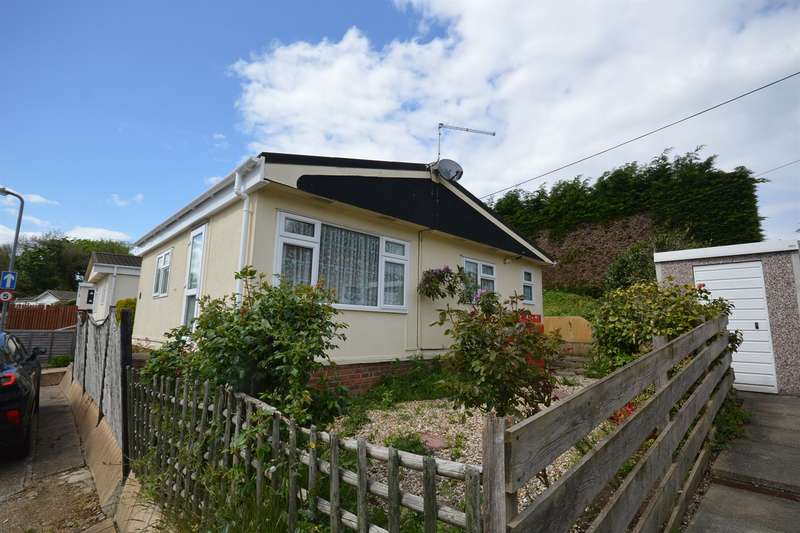 1 Bedroom House for sale in Gosfield Lake Park, Church Road, Halstead, CO9