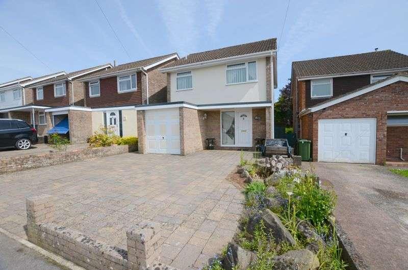3 Bedrooms Property for sale in School Crescent, Lydney