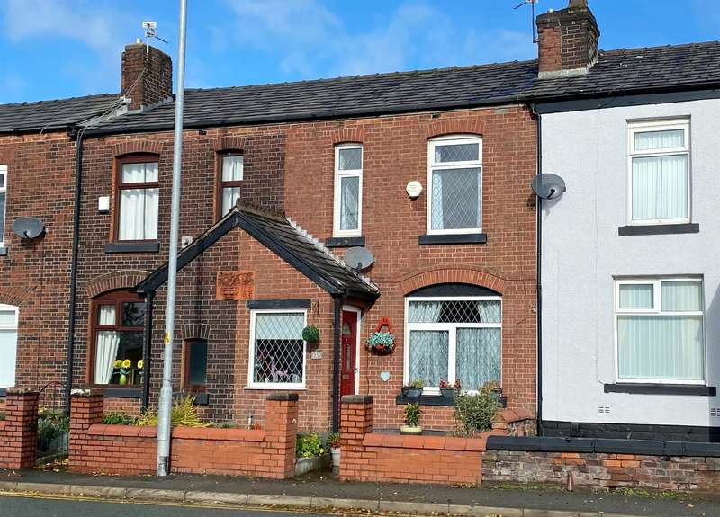 2 Bedrooms Terraced House for sale in Church Street, Little Lever, Bolton, BL3 1BN
