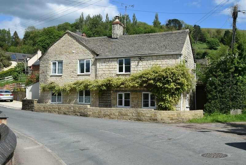 3 Bedrooms Detached House for sale in Middleyard , Kings Stanley, GL10