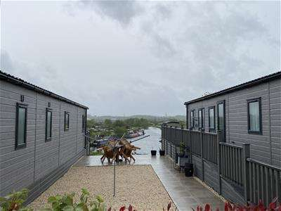2 Bedrooms Park Home Mobile Home for sale in Meadow Farm Marina, Barrow Upon Soar, Loughborough