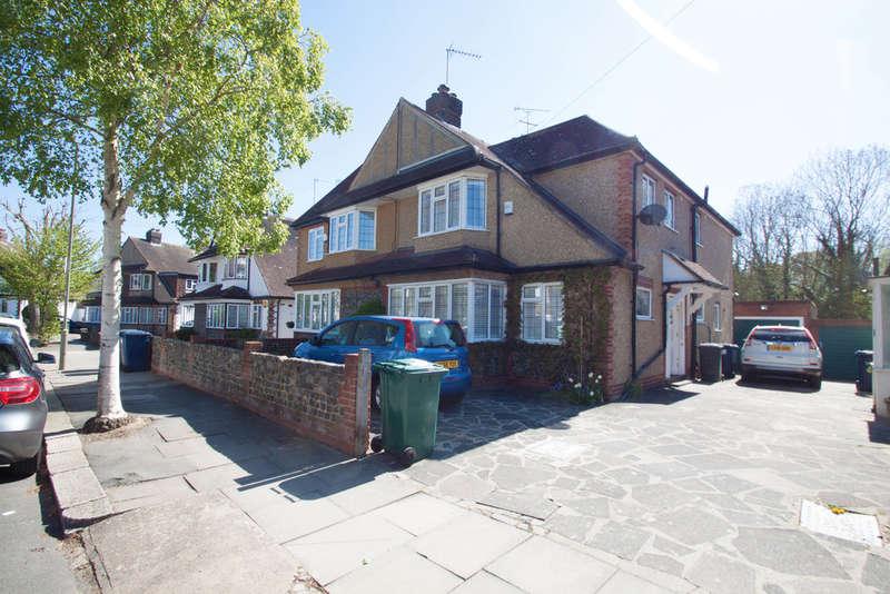 3 Bedrooms Semi Detached House for rent in Great Bushey Drive, Totteridge N20