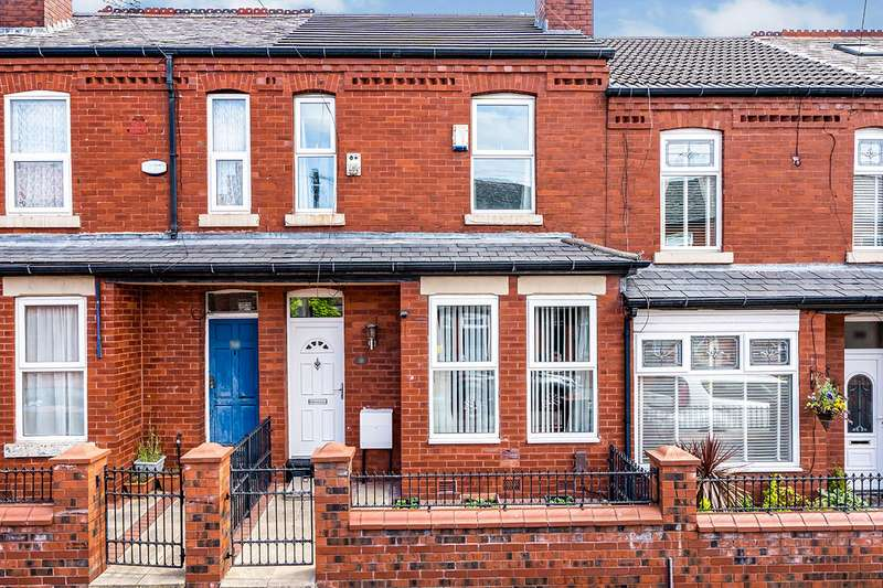 3 Bedrooms House for sale in Kennedy Road, Salford, Greater Manchester, M5