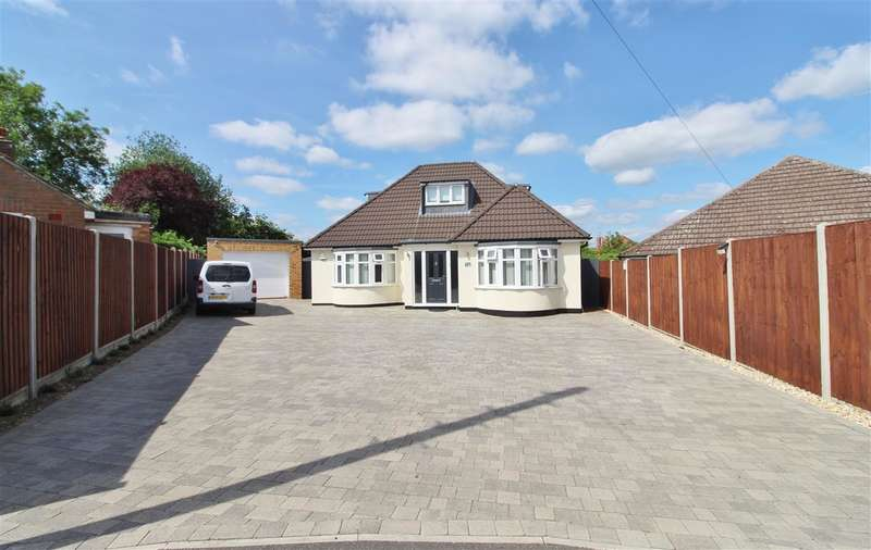 4 Bedrooms Property for sale in Elm Grove, Grantham