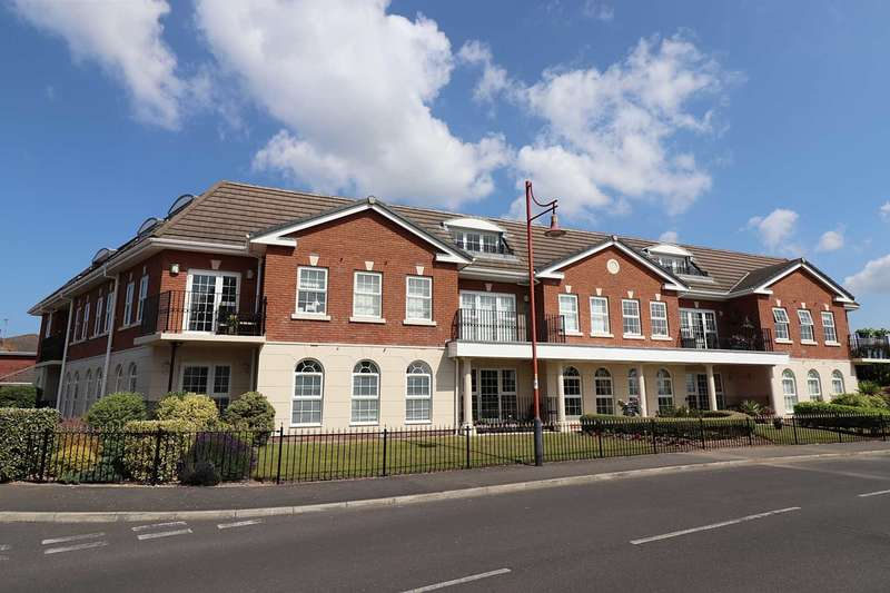2 Bedrooms Apartment Flat for sale in The Magnolias, Silversmiths Row, Cypress Point, Lytham St. Annes
