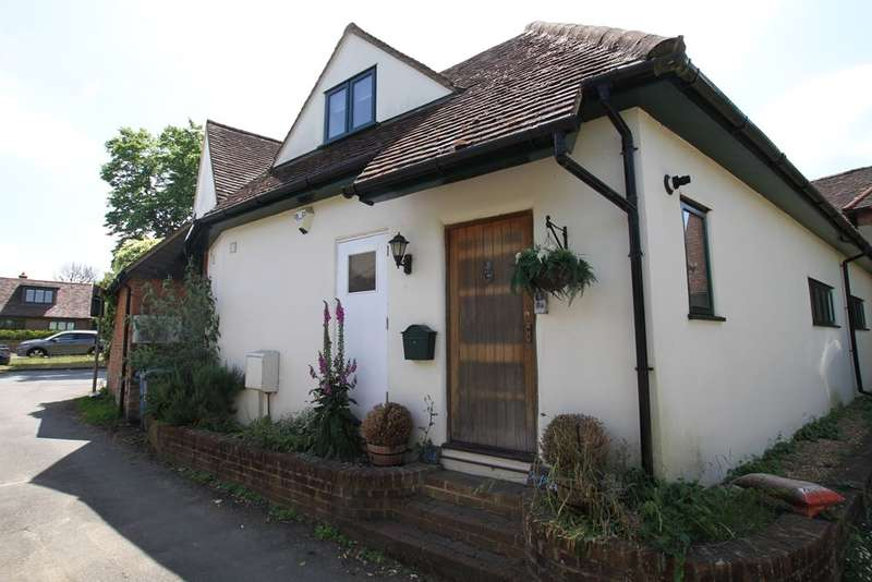 4 Bedrooms Flat for sale in Bigfrith Lane, COOKHAM DEAN, SL6