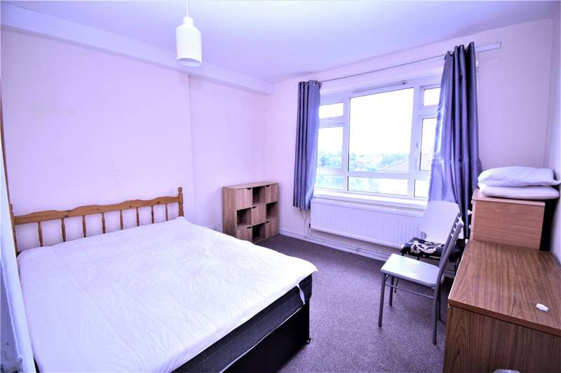 2 Bedrooms Flat for rent in Holly Park Estate, Stroud Green, London, N4