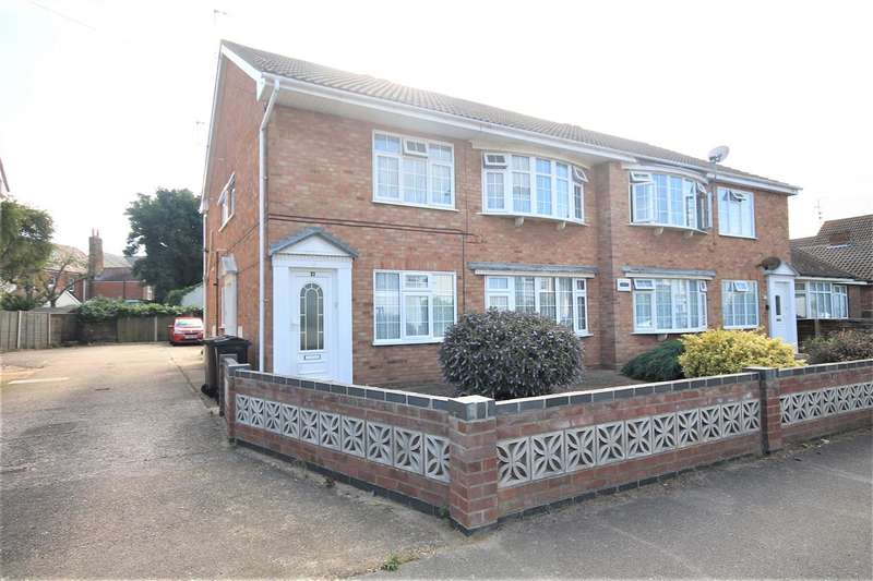 2 Bedrooms Apartment Flat for sale in Devereux Court, Thoroughgood Road, East Clacton