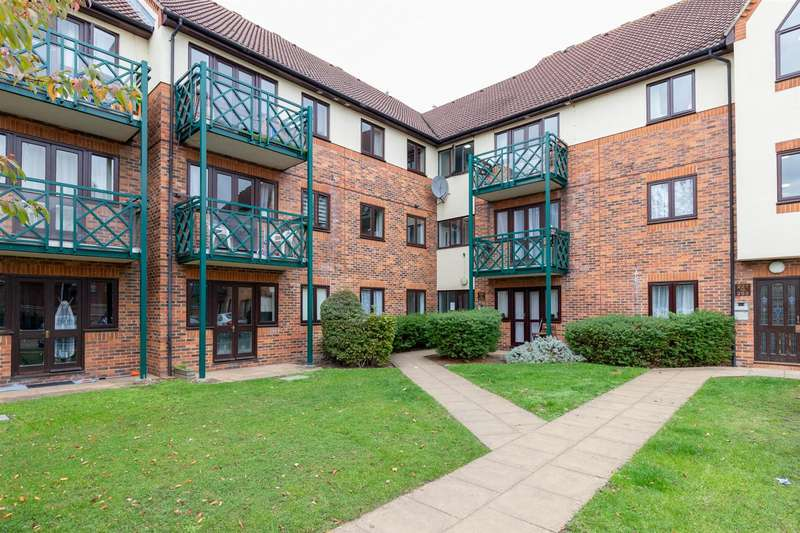 1 Bedroom Flat for sale in Upton Court Road, Slough