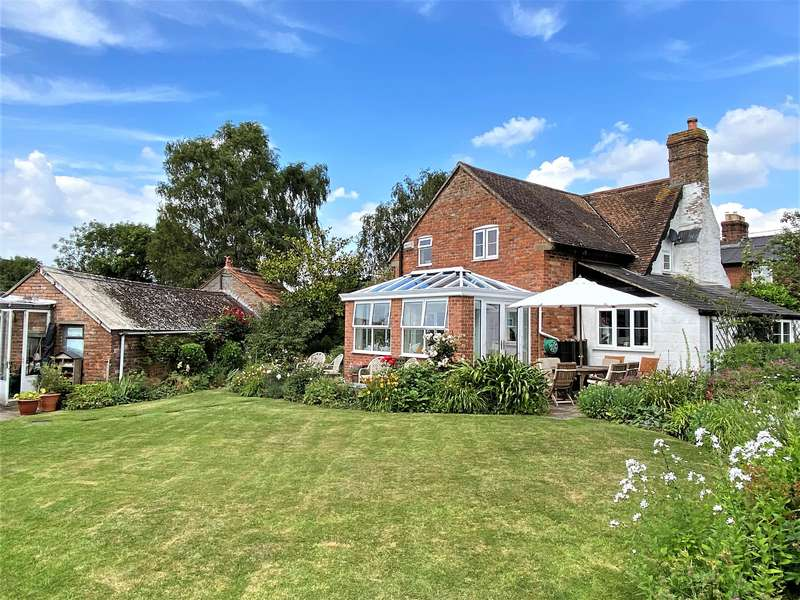 4 Bedrooms Detached House for sale in Longney, Gloucester, GL2 3SL
