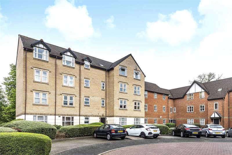 2 Bedrooms Apartment Flat for sale in Charnwood House, Rembrandt Way, Reading, Berkshire, RG1