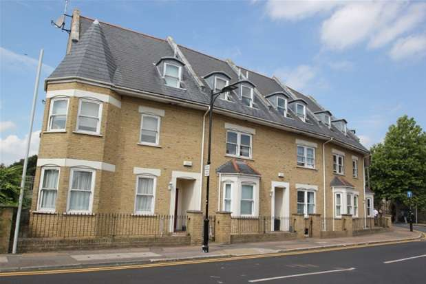 2 Bedrooms Property for sale in Park Road, Westcliff on Sea