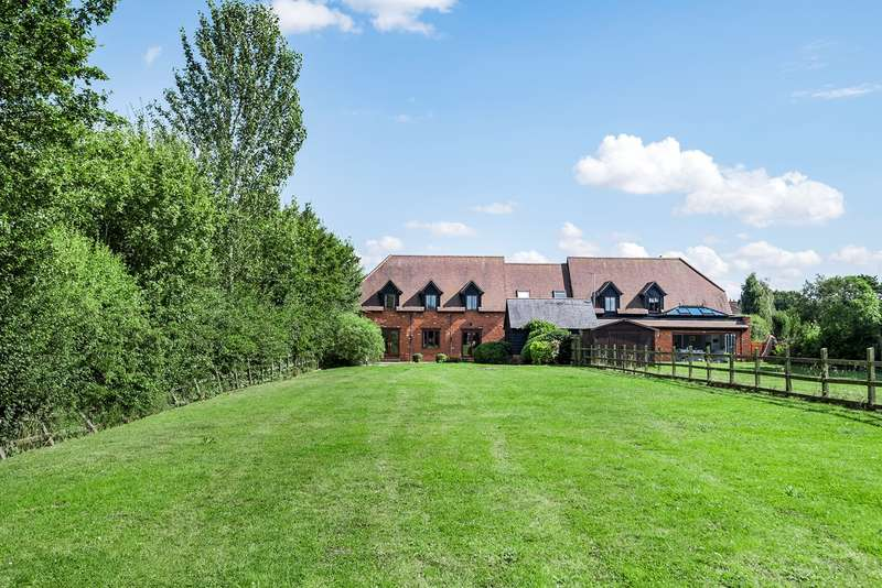 5 Bedrooms Village House for sale in Moorland Close, Flitton, MK45